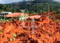 Derrumbe destroza aldea La Reina en Santa Bárbara