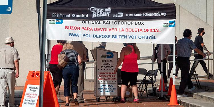 Trump y Jill Biden, a la caza de indecisos y demorados en votar en Florida
