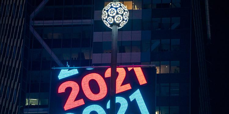 El planeta celebra el Año Nuevo bajo las imposiciones del coronavirus