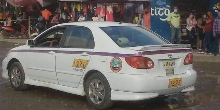 Taxista acribillado a tiros frente a mercado