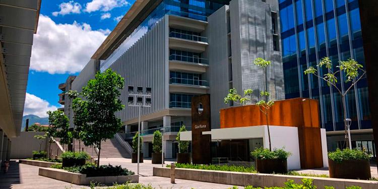 El Centro Cívico Gubernamental está concluido según contrato y listo para entregar