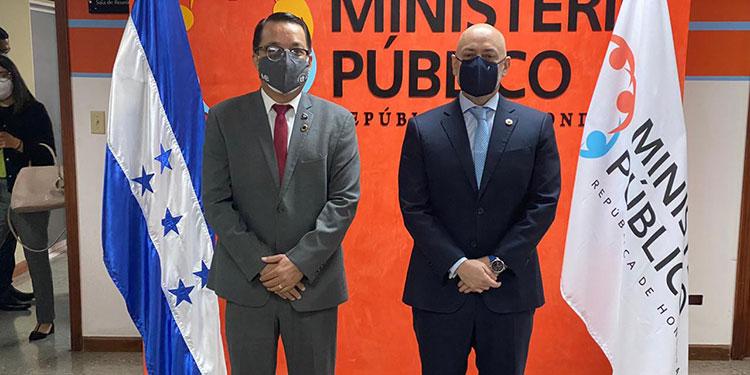 Ministerio Público firma convenio con Unitec
