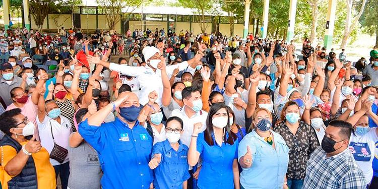"""""""Las elecciones se ganan trabajando con los burros puestos"""": David Chávez"""