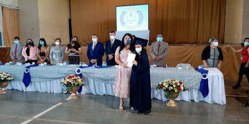 Una nueva promoción de profesionales entrega a la sociedad el Instituto Departamental de Oriente (IDO).