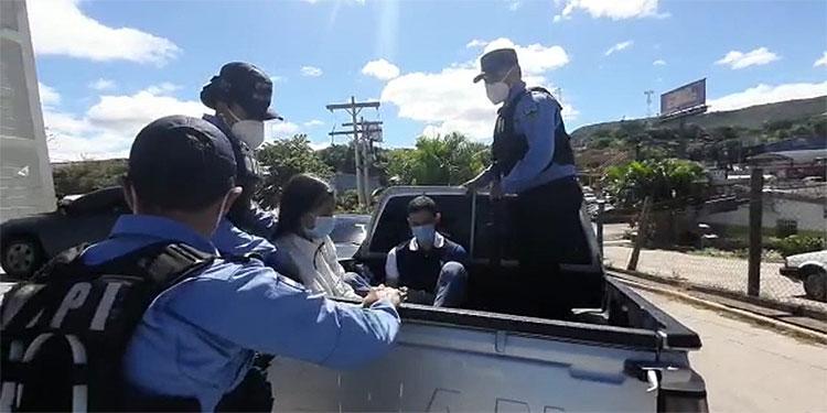 """Hombre y mujer capturados por intento de matar a """"gringo"""""""