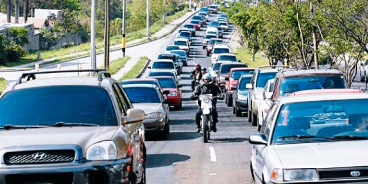 Recaudación por matrícula vehicular caería en un 30%