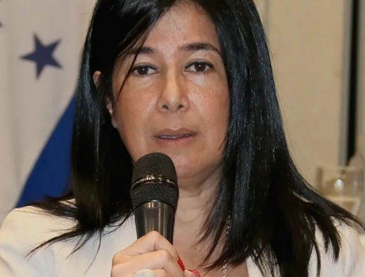 """Miriam Guzmán: """"Ha sido un impacto fuerte de la economía""""."""