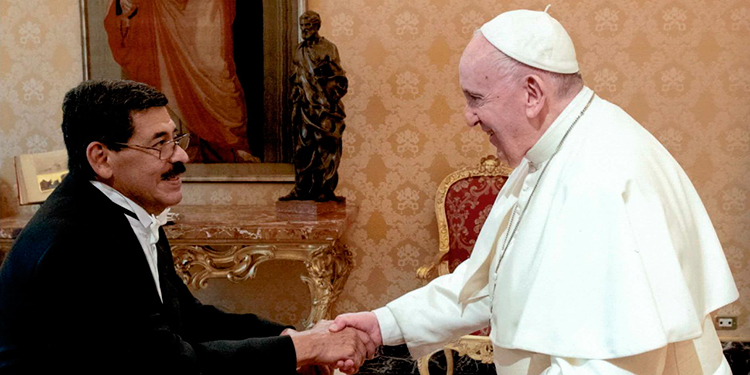 Papa Francisco recibe cartas credenciales del embajador hondureño, Carlos Cordero