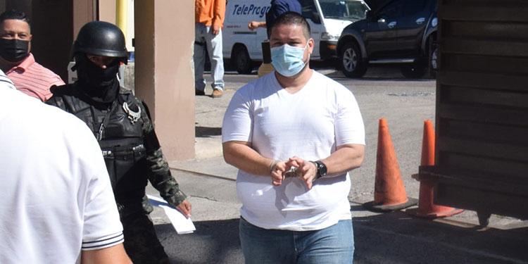 Tribunal condena a nueve años de prisión a guardaespaldas de Magdaleno Meza