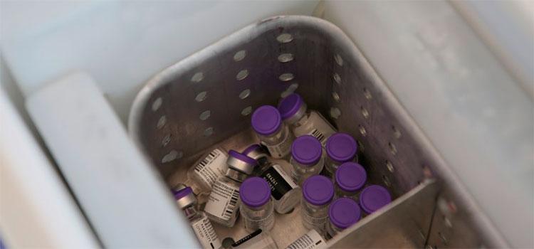 México podría permitir a privados comprar vacuna para COVID