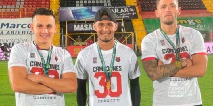 """""""Ahora que ganamos el campeonato, que se agarren"""": Alex López"""