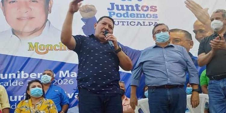 Nacionalistas reciben a exalcalde Ramón Sarmiento