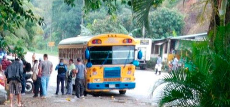 Supuestos asaltantes matan a un pasajero en La Ceiba