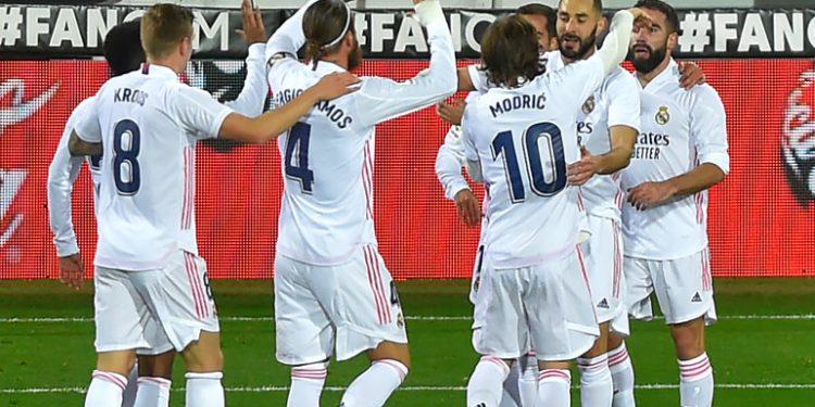 Real Madrid vence al Eibar y sigue su marcha triunfal