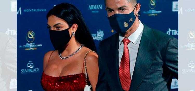 Georgina Rodríguez roba suspiros con gran escote