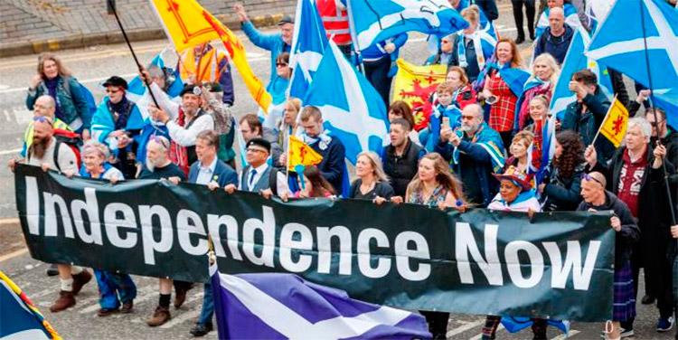 Entre la preocupación y la esperanza, Escocia afronta un 2021 marcado por el Brexit y la independencia