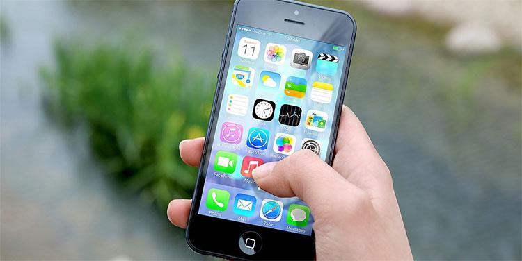 Consumidores europeos demandan a Apple por ralentizar los i-Phones antiguos
