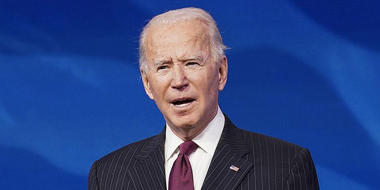 El presidente electo de EEUU, Joe Biden, recibe vacuna contra covid-19