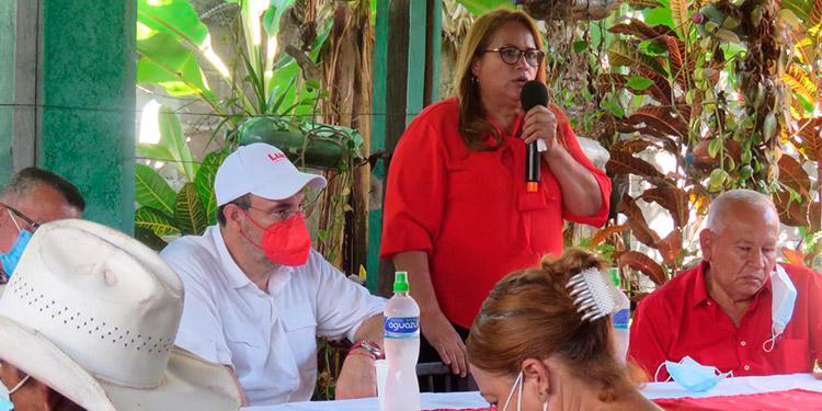 Luis Zelaya promete descentralizar el agro