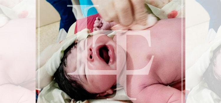 Una niña la primera en nacer en la Nochebuena