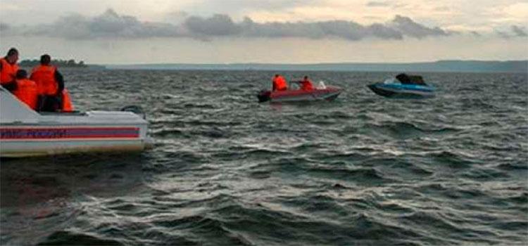 Suben a 20 los fallecidos en naufragio en Venezuela