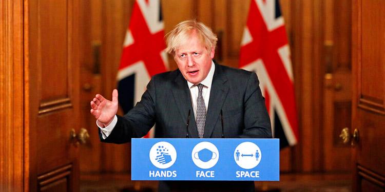 Boris Johnson advierte de medidas más estrictas por la COVID-19