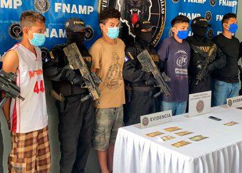 A los cuatro integrantes de la pandilla 18 se les acusa de haber ultimado a un taxista, el lunes anterior, en San Pedro Sula.