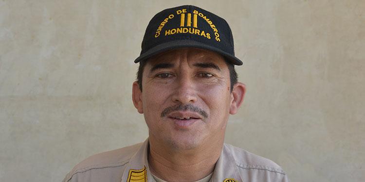 Dimas Sánchez, subcomandante de bomberos en Choluteca.