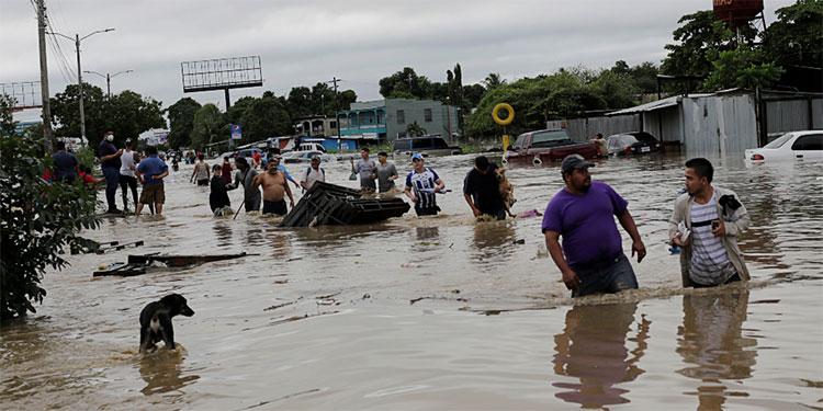 Los huracanes eta e Iota causaron enormes daños.