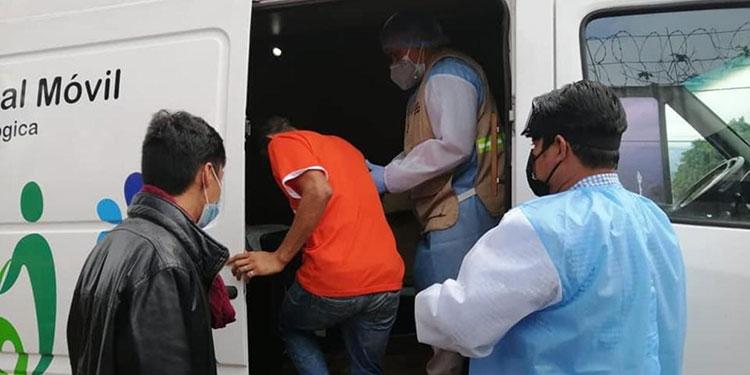 El Centro de Diagnóstico y Estabilización San Juan Pablo II atiende a pacientes con COVID-19 de 7:00 de la mañana a 7:00 de la noche.