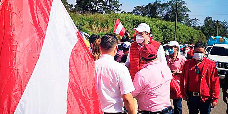 El presidente del CCEPL, Luis Zelaya, busca la candidatura liberal por segunda vez.