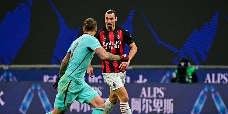 Zlatan Ibrahimovic volvió tras varios meses de inactividad, por lesión, en el AC Milan.