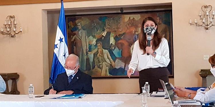 La experta en salud, Piedad Huerta, llamó a los políticos a hacer su campaña con responsabilidad.