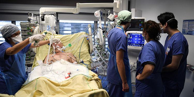 El mundo llegó a los 100 millones de casos de covid-19, con EE.UU., la India y Brasil, como los países con más contagios.  (LASSERFOTO AFP)