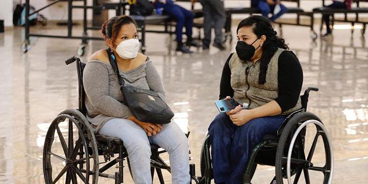 La esposa del mandatario hondureño indicó que 2021 será un año de muchos beneficios para el sector discapacidad.