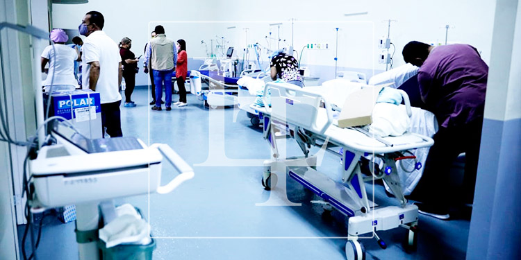 Hospital San Felipe habilita moderna UCI para atender a pacientes con COVID-19