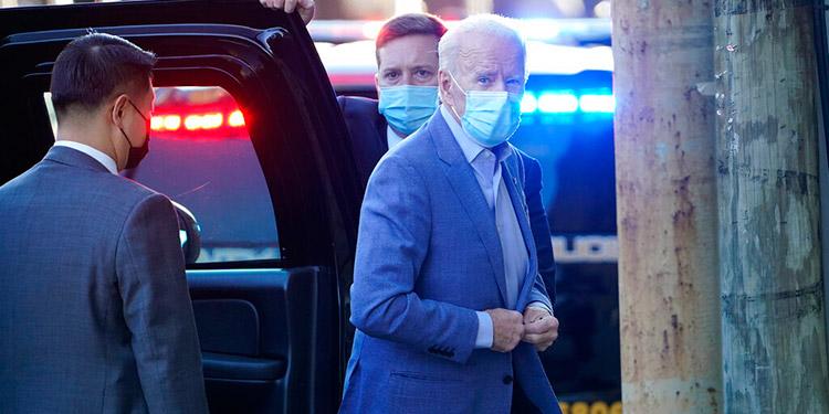 Biden elige a un diplomático de carrera para dirigir la CIA
