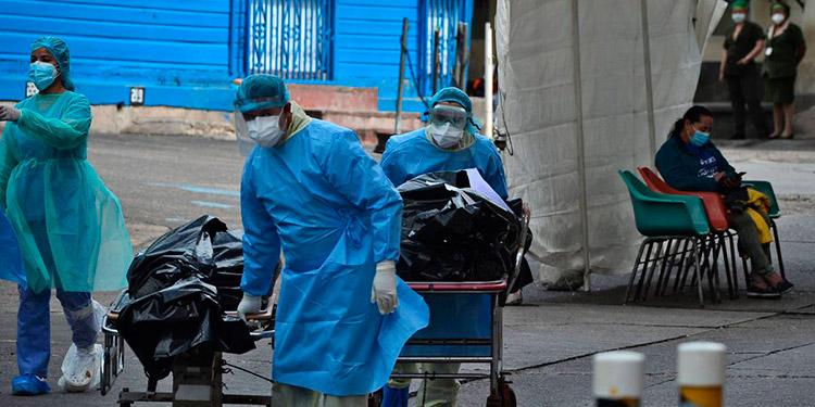 Los afectados siguen llegando tarde a los triajes y salas de hospitales, según viceministro de Salud.