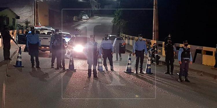 Unas 50 personas detenidas por incumplir toque de queda en la capital