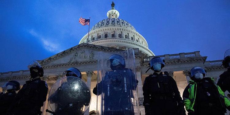 Arrestan a 2 autotitulados milicianos por ataque a Capitolio