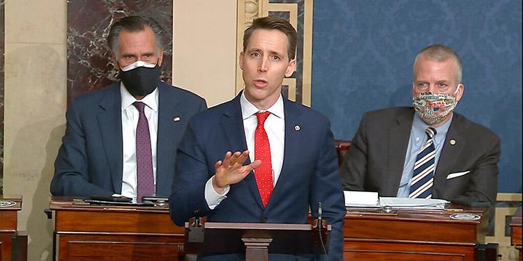 Senador Josh Hawley, otro gran incitador de la insurrección