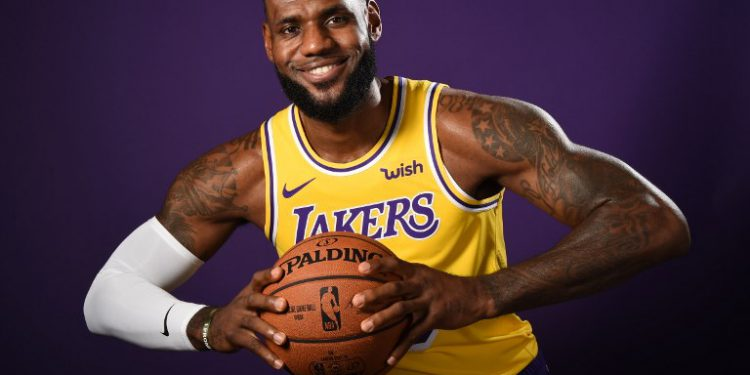 EL SEGUNDO, CA - SEPTEMBER 24: LeBron James #23 of the Los Angeles Lakers poses for a portrait during media day at UCLA Health Training Center on September 24, 2018 in El Segundo, California. NOTE TO USER: User expressly acknowledges and agrees that, by downloading and/or using this Photograph, user is consenting to the terms and conditions of the Getty Images License Agreement. Mandatory Copyright Notice: Copyright 2018 NBAE   Andrew D. Bernstein/NBAE via Getty Images/AFP