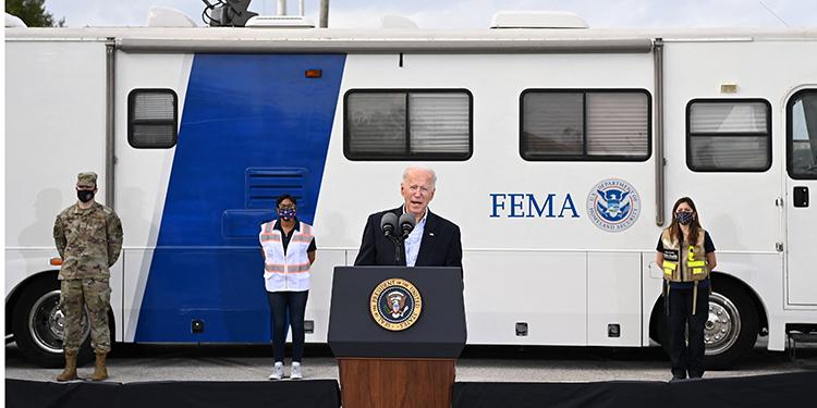 Joe Biden durante su visita en Texas.