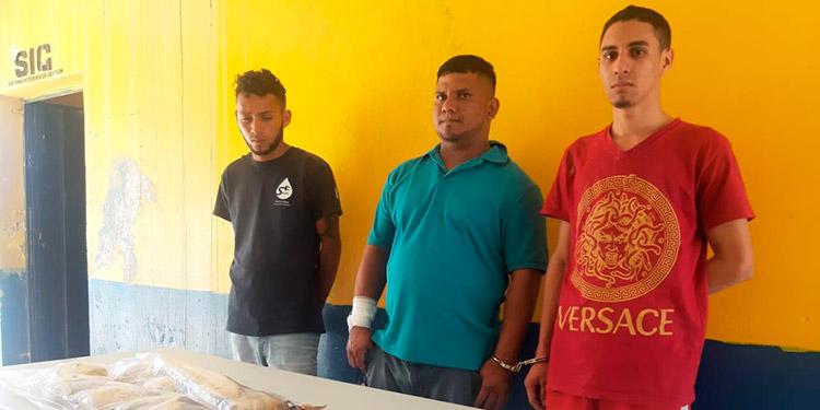 Jimmy Danilo Rodríguez Sauceda, Isaías Anariba Rojas y Jairo Emmanuel Paguada López fueron detenidos en la colonia Nueva Esperanza, de Danlí.