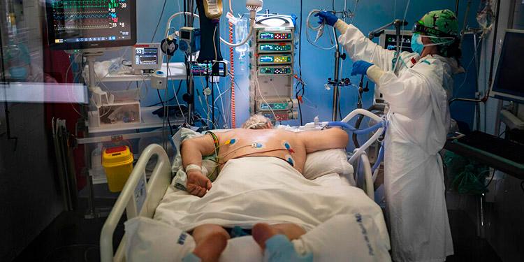 Los reportes de Salud indican que la ocupación de las salas de Cuidados Intensivos en algunos hospitales capitalinos es del 73 por ciento.