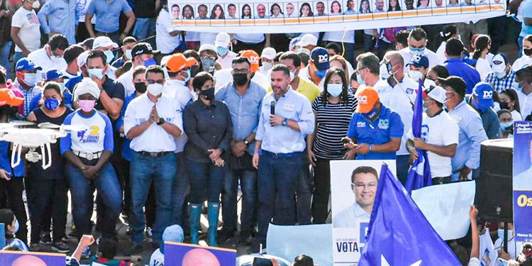 En la colonia 3 de Mayo y ante líderes de base, colaboradores en los centros de votación y simpatizantes de zonas como La Independencia, Zapote Norte, Zapote Centro, Ayestas, El Pastel, entre otras.