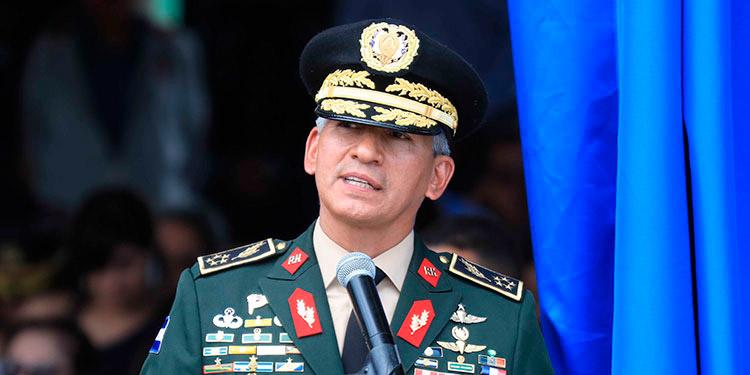 """General Tito Livio Moreno Coello: """"Las Fuerzas Armadas es un organismo transparente, """"de puertas abiertas""""."""