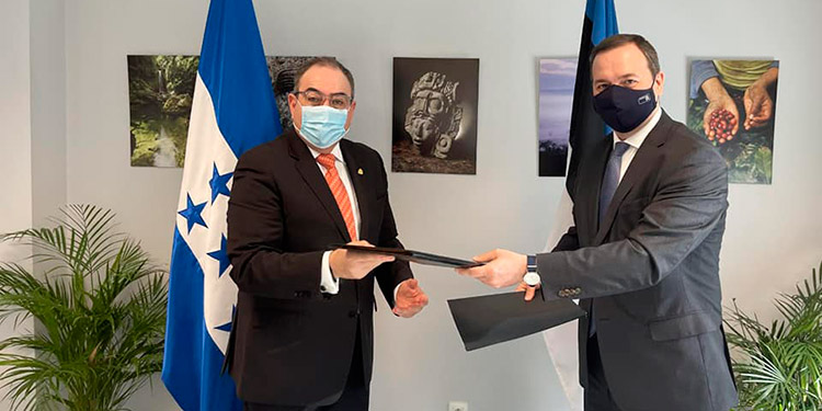 Honduras y Estonia firman memorándum de entendimiento en consultas políticas bilaterales