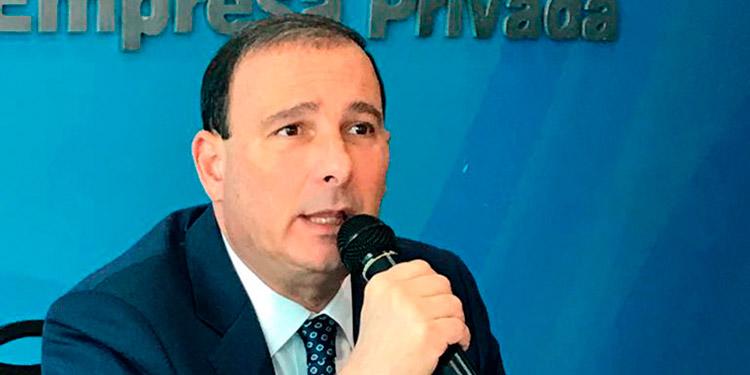 """Juan Carlos Sikaffy: """"La única salida es que la gente tome conciencia y se cuide con las medidas de protección""""."""