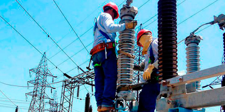 El candidato que elija el presidente se integrará a los dos comisionados que desde hace un año están al mando de la CREE y la Ley General de la Industria Eléctrica.